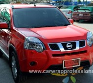Nissan X-Trail Full Wrap red gloss