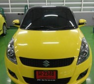 SUZUKI SWIFT YELLO GLOSS & BLACK GLOSS