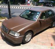 BENZ C220 BROWN MATTE